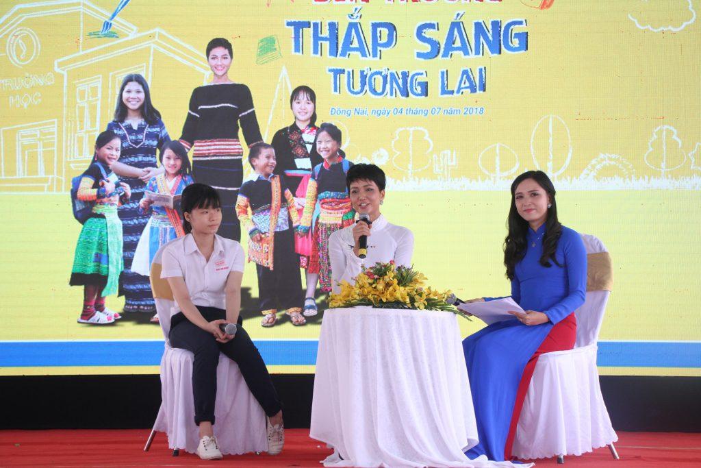 Mở đường tới Tương lai – Trao học bổng cho 147 học sinh sinh viên dân tộc thiểu số tại Đồng Nai